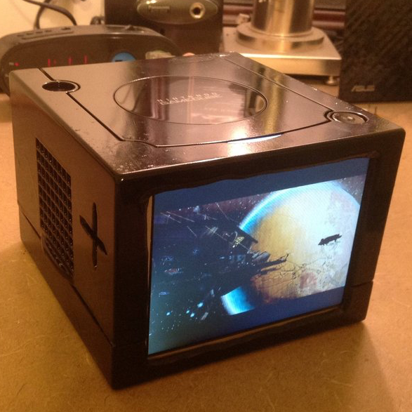 The Gamecube Goes Portable With This Impressive Mod - Hey ...