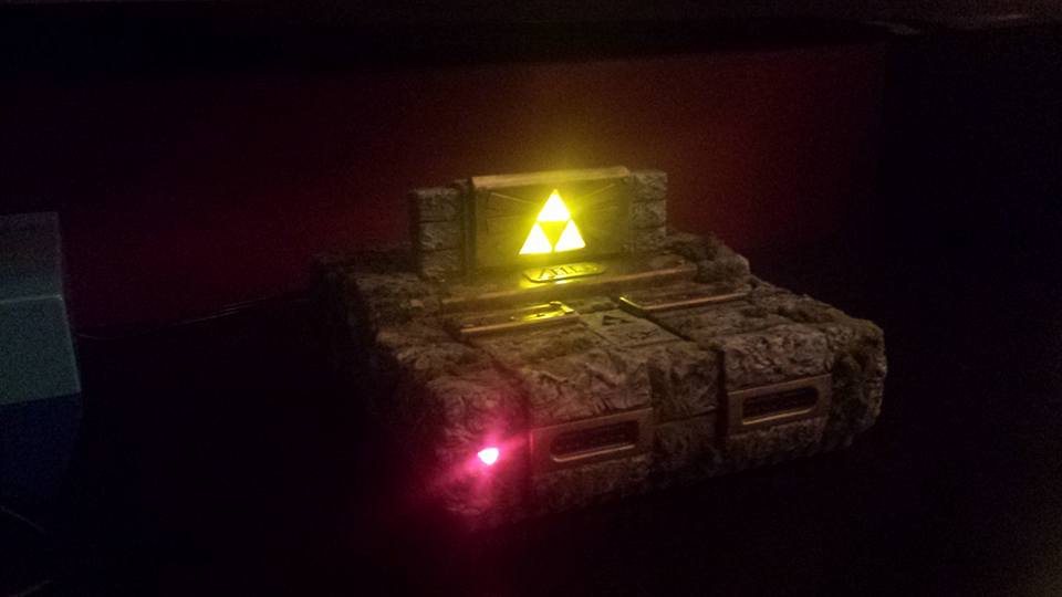 Check Out This Stunning Custom Zelda-Themed SNES - Hey Poor Player