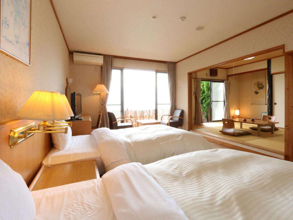Tsushima Hotels
