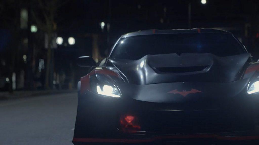 Batwoman | Batmobile Chase